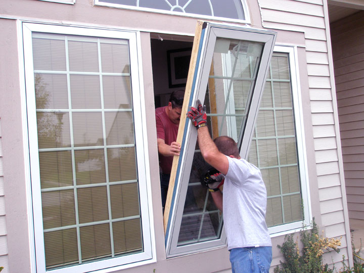 How to hiring a window replacement contractor for House window replacement